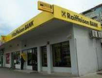 Armed robbery at Raiffeisen Bank