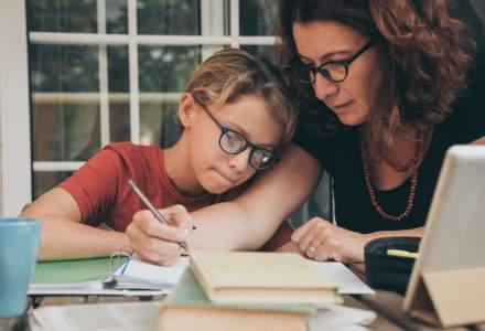 Studiu: Doar 8% dintre părinți vor școală online pentru copiii lor anul acesta. Ceilalți nu exclud complet cursurile de la distanță, dar se tem de lacune în educație