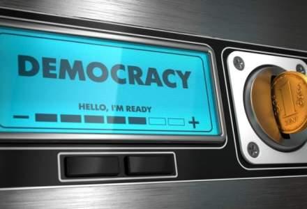 """Universitatea care are un """"laborator de democratie"""": autoritarismul inca nu a plecat din Europa"""