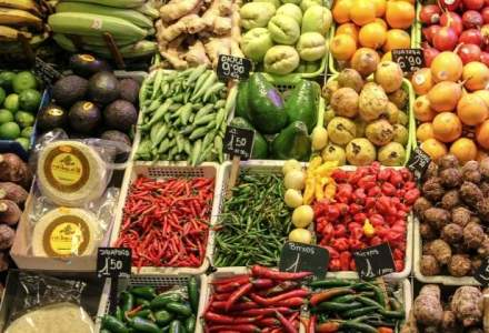Reducerea TVA la produse eco, pentru cine? Marii retaileri nu vand fructe si legume ecologice romanesti