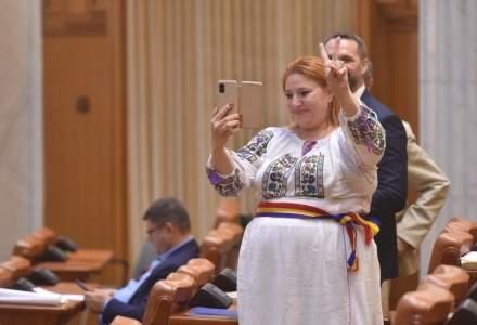 YouTube a închis contul oficial al Senatului României din cauza declarațiilor Dianei Șoșoacă