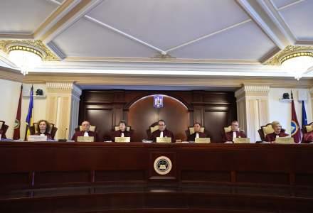 Conflictul dintre Guvern și Parlament va fi judecat de CCR pe 28 septembrie