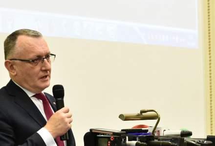 Ministrul Educației spune că nu susține vaccinarea obligatorie