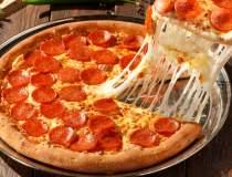 Jerry's a deschis o pizzerie...