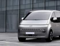 Hyundai lansează Staria, un...