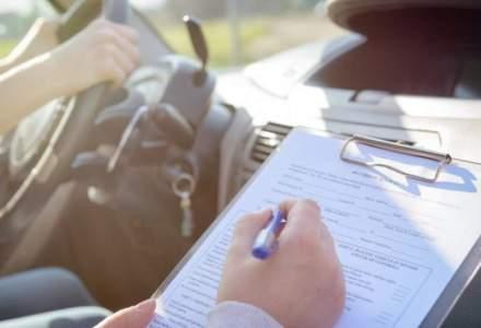 O aplicație românească pentru școala de șoferi folosește un algoritm de inteligență artificială. Iată cum îi ajută pe șoferi