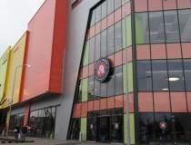 Auchan deschide centrul...