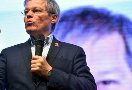 Dacian Cioloș este noul președinte al USR-PLUS