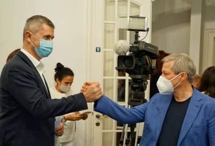 A început Congresul USR PLUS, la Romexpo. Este permisă doar prezenţa persoanelor vaccinate