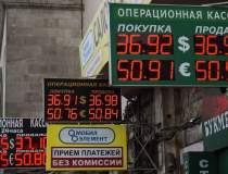 Caderea rublei: ce impact va...