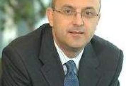 Seful UniCredit Tiriac: Pentru banci, in 2010, cel mai mare risc este legat de banii de la FMI