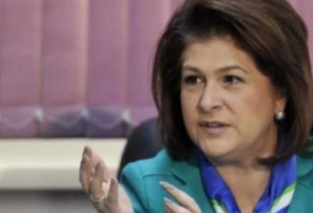 Plumb atentioneaza Opozitia: majorarile sociale pot fi intarziate din cauza contestatiei pe buget