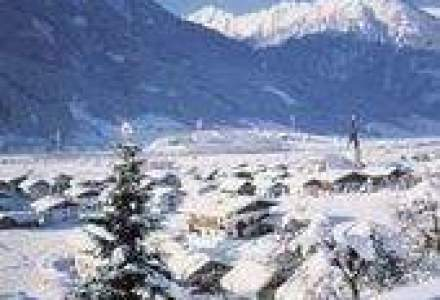Studiu: In plina criza, romanii calatoresc la Roma si fac ski in Austria sau Bulgaria