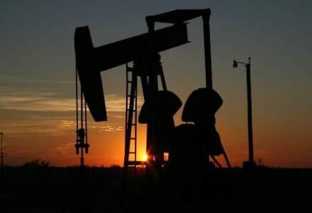 Cotatia petrolului, in deriva: preturile revin la minimul ultimilor cinci ani si jumatate