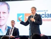 Cioloș, premierul desemnat,...
