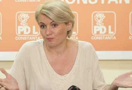 Andreea Paul (PNL): Conducerea BNR sa fie audiata in Camera, in criza creditelor in franci elevetieni