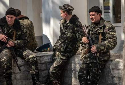 Circa 700 de militari rusi au patruns luni in Ucraina, sustine Kievul