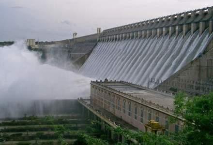 Hidroelectrica ii va retroceda printului Dominic un teren si o microhidrocentrala