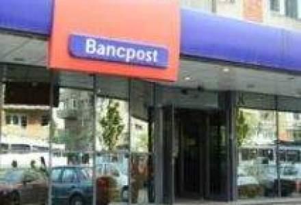 Bancpost anunta ca autorul jafului de la Galati a furat 7.762 lei si 2.200 euro