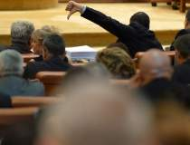 Parlamentarii lipsesc de la...