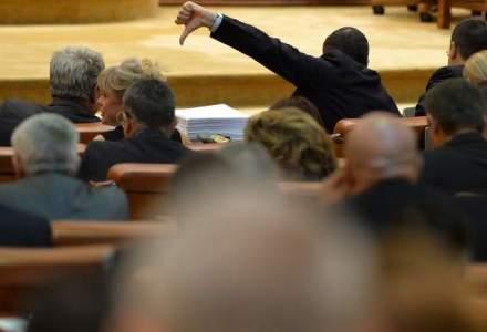 Parlamentarii au lipsit si miercuri de la dezbaterile pe tema conversiei creditelor in franci
