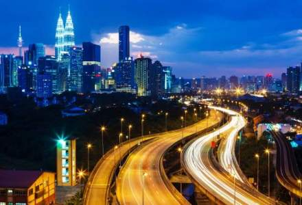 "Cu energie in Kuala Lumpur, ""capitala noroioasa"" a lumii musulmane cu alcool la orice masa"