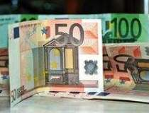 Euro se mentine la cotatii...