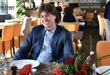 Lunch cu Stefan Nanu, seful Trezoreriei romane: drumul din tribunele Giulestiului, la masa directorilor Bancii Mondiale