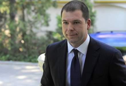 Bogdan Dragoi, fostul consilier al lui Traian Basescu, vrea sa preia conducerea SIF Banat-Crisana, loc ramas liber dupa arestarea lui Dragos Bilteanu