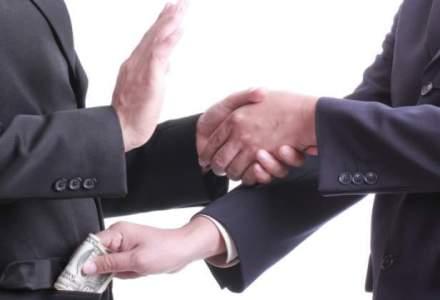 CE: Coruptia si fraudele din achizitiile publice, o problema in Romania