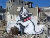 Artistul Banksy a facut...
