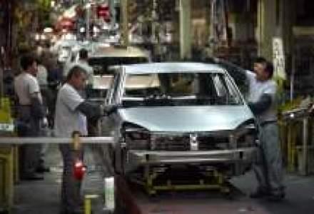 Sindicalistii de la Dacia au batut palma cu administratia privind salarizarea