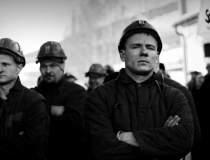 Minerii blocati in subteran...