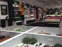 Rus Savitar: un nou magazin...