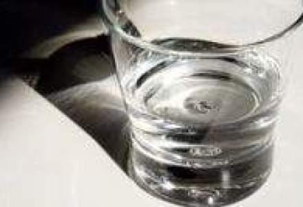 Nici apa minerala nu se mai bea: Profitul Societatii Apelor Minerale, mai mic de opt ori