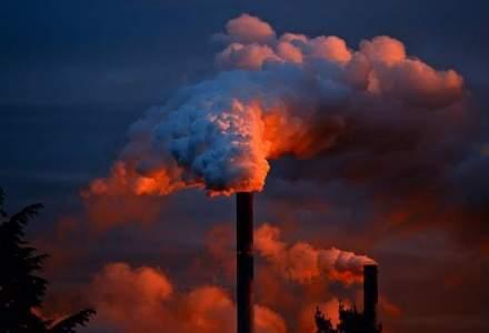Emisiile de CO2 au stagnat anul trecut dupa 40 de ani de crestere continua