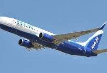 O noua aeronava Boeing 737-800 NG in flota Blue Air