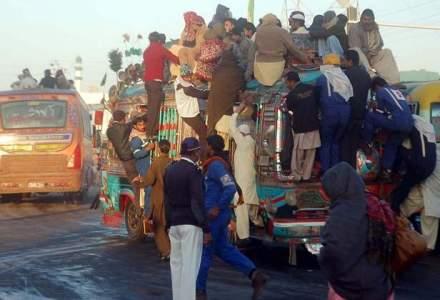 O vacanta doar pentru curajosi: cel mai violent oras din lume face turism extrem cu autocar blindat si sase politisti inarmati