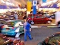Trece criza din auto?...