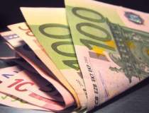 Euro a inchis in scadere