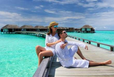 Paralela 45: Turistii care cumpara vacante de 3.000-5.000 euro negociaza chiar si pentru 50 euro