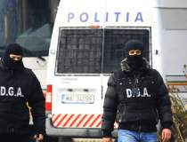 Perchezitii in Bucuresti,...