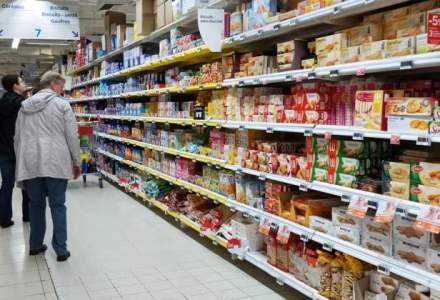 Unii retaileri vor afisa doua preturi la alimente: cu TVA-ul de 24% si cu noua taxa de 9%