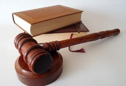 Presedintele CJ Iasi, Cristian Adomnitei, ridicat de procurorii DNA din trafic
