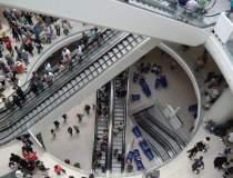 Reportaj la Mega Mall:...