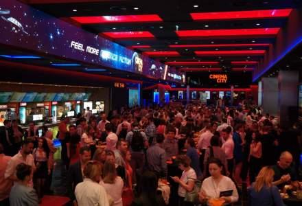 Cinema City 4DX din Mega Mall: cum arata cinematograful care te stropeste, te zdruncina si te face sa traiesti intensitatea filmului pe care il urmaresti