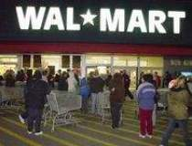 Wal-Mart revine in fruntea...