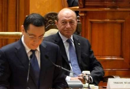Traian Basescu il ataca din nou pe Victor Ponta: Victor Viorel, mai stii povestea cu sapatul gropii si cine cade in ea?
