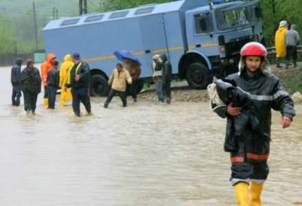Avetizare meteo: cod galben de inundatii in 10 judete din tara