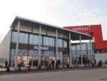 Pet Centar opens first store...